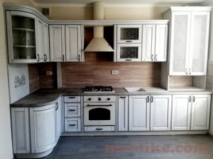 кухня з масиву