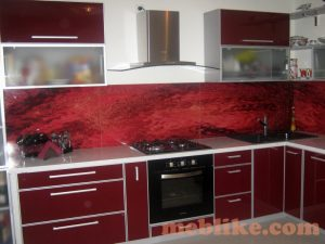 кухня бордова