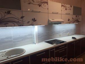 кухня світла лакобель фото